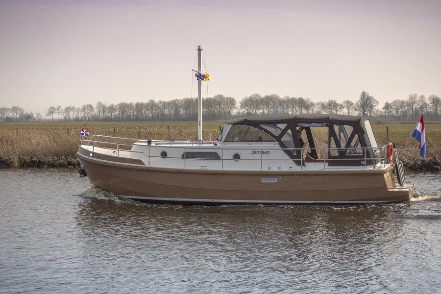 Luxury open cockpit boats Friesland