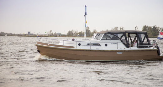 Boat rental in Friesland